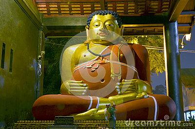 buddha-maitreya-night-lighting-chiang-mai-thailand-39921431.jpg